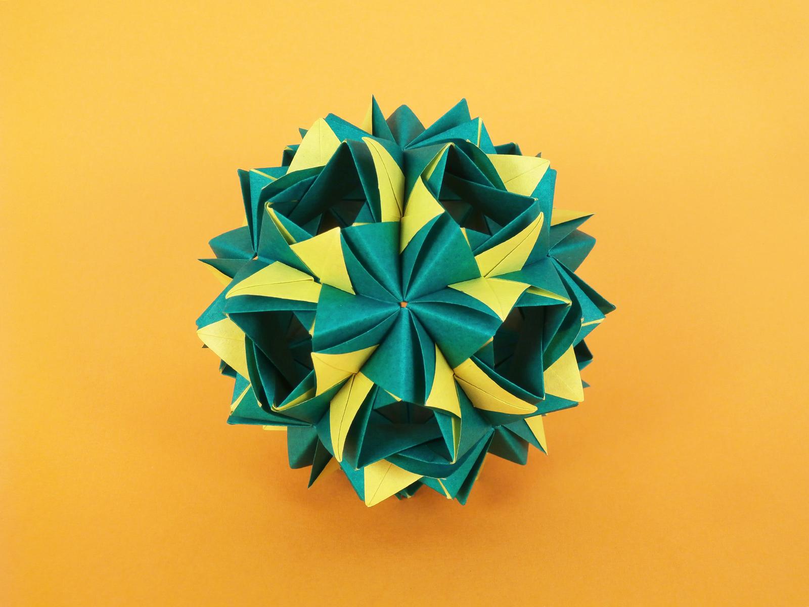 Wallpaper kusudama origamiwork origamiart foliage origami kusudama origamiwork origamiart foliage origami paper paperfolding modularorigami unitorigami folded symmetry design handmade art jeuxipadfo Gallery