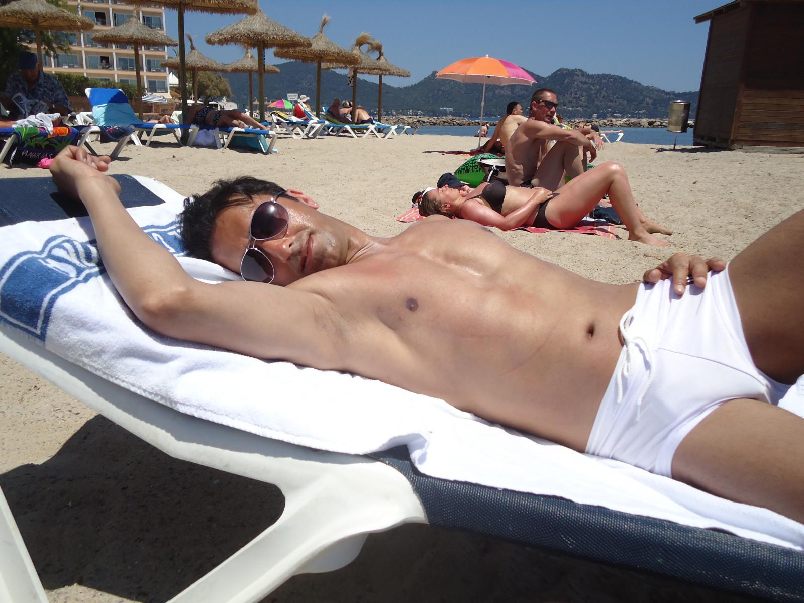 Nackt strand männer am FKK Sex