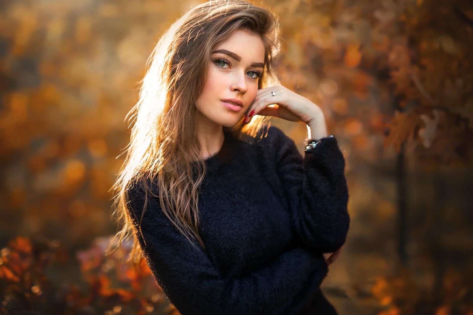 Красивая скромная девушка — 15