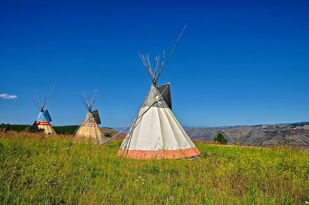 Sfondi oregon indiano esplorare nativo americano for Immagini abitazioni