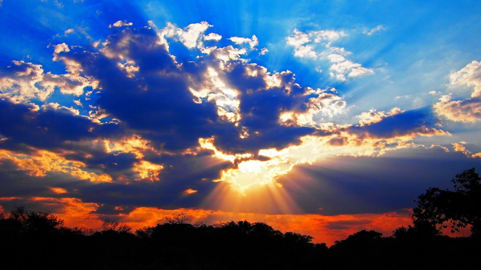 Картинка с красотой неба, поздравить