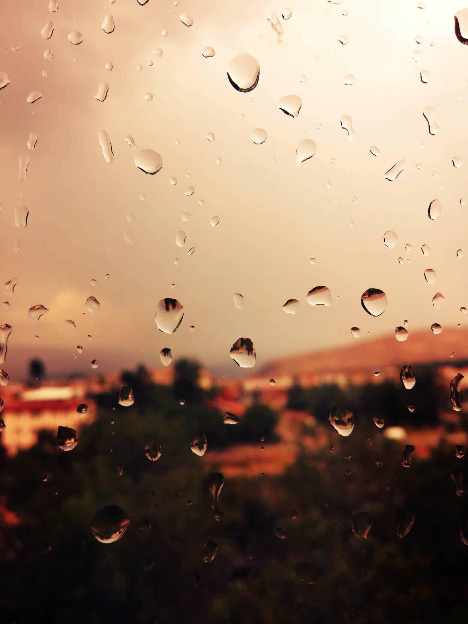 картинки для телефона дождя рассчета