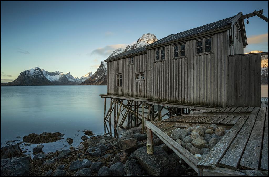 Hintergrundbilder landschaft alt sonnenuntergang meer for Norwegen haus