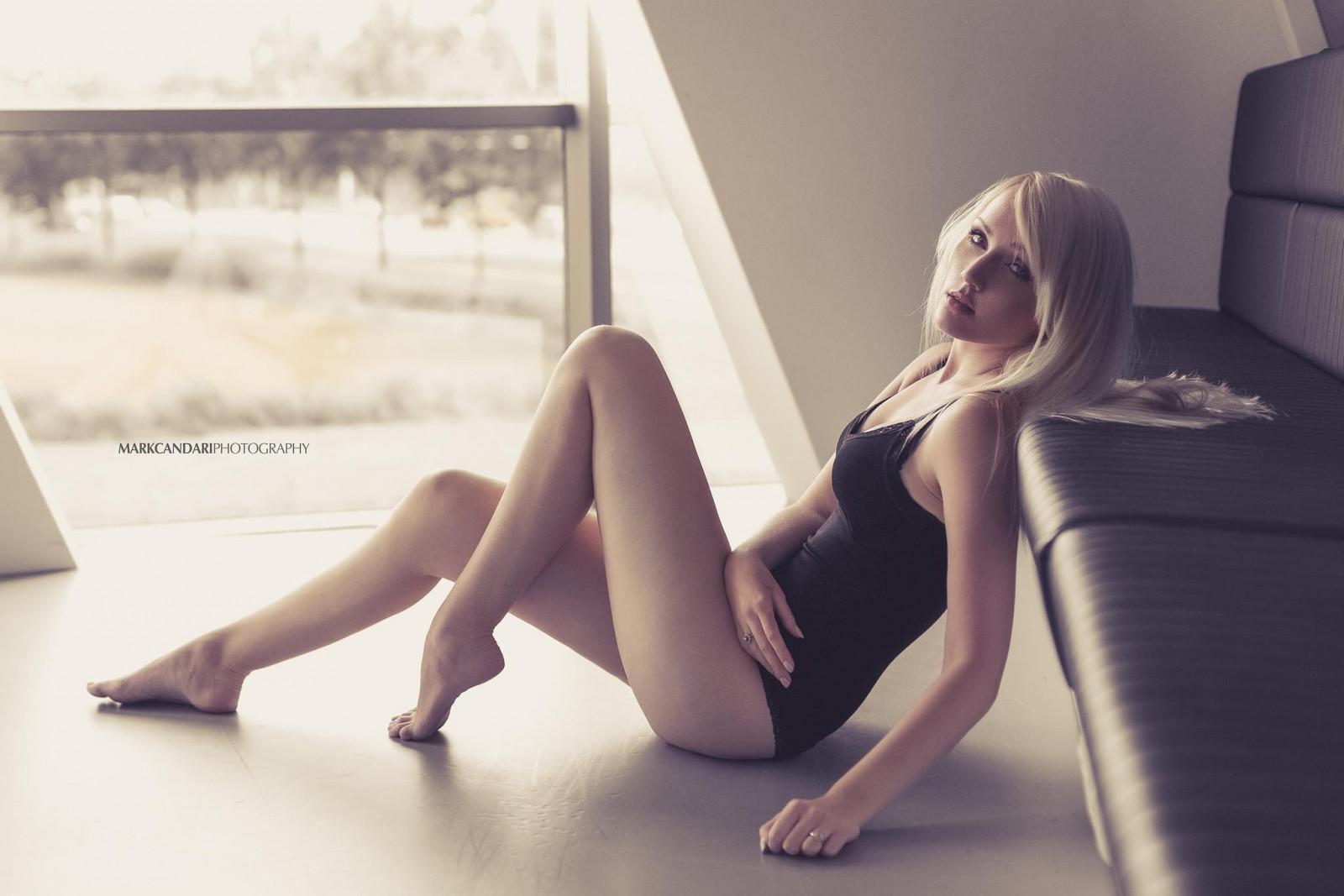 Блондинки в ночнушках с длинными ногами и волосами фото — pic 14