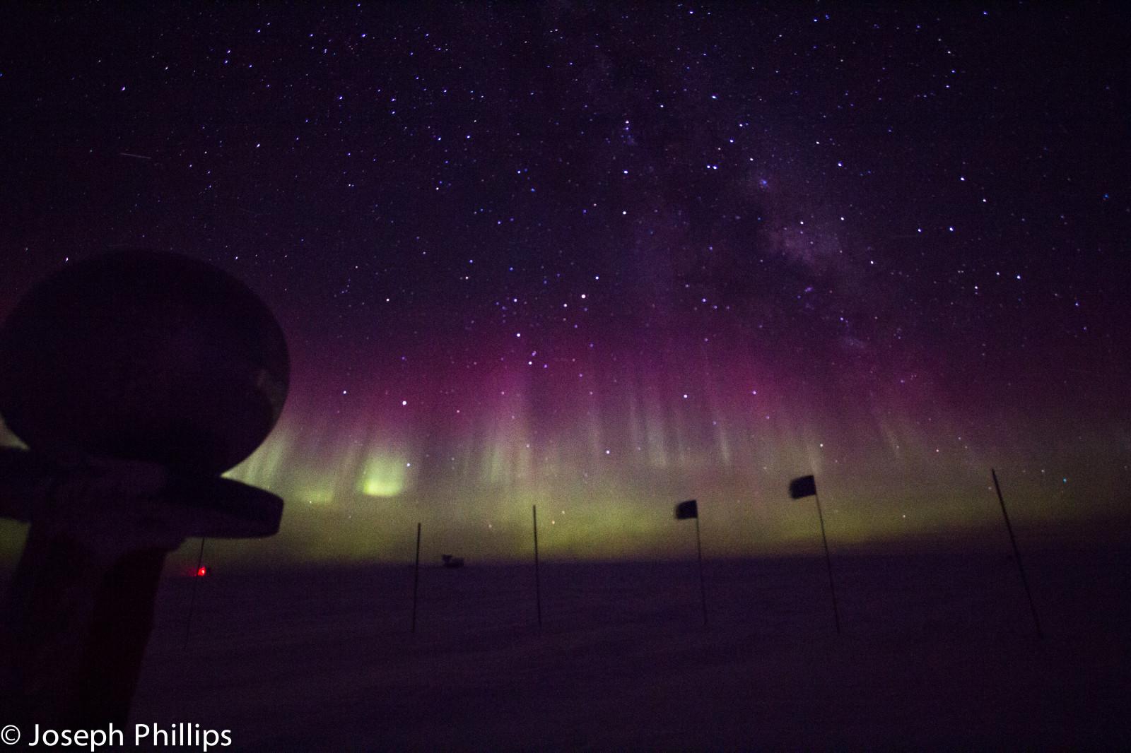 nightphotography sky snow ice station night way stars lights south pole southern Aurora milky geographic southpole