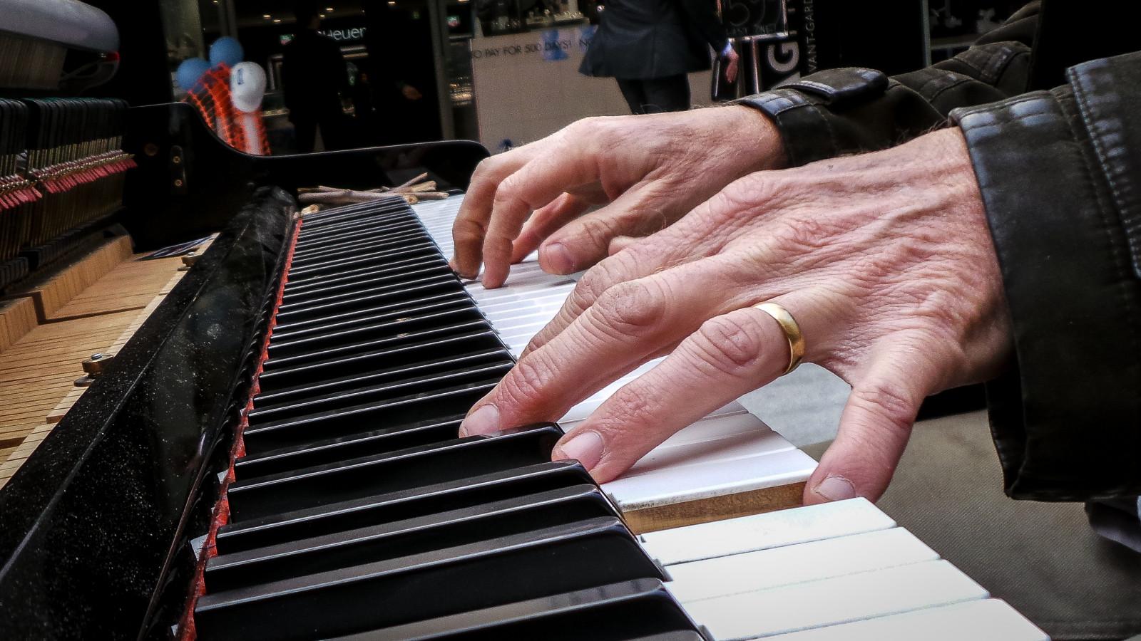 руки пианиста картинки альтернативой