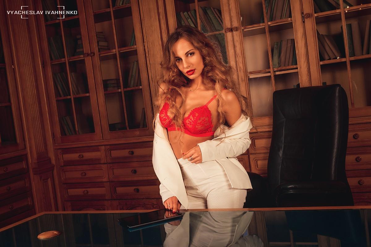 Rød På Kigger Blond Model Portræt Kvinder Baggrunde Seeren TwAqUa6qx