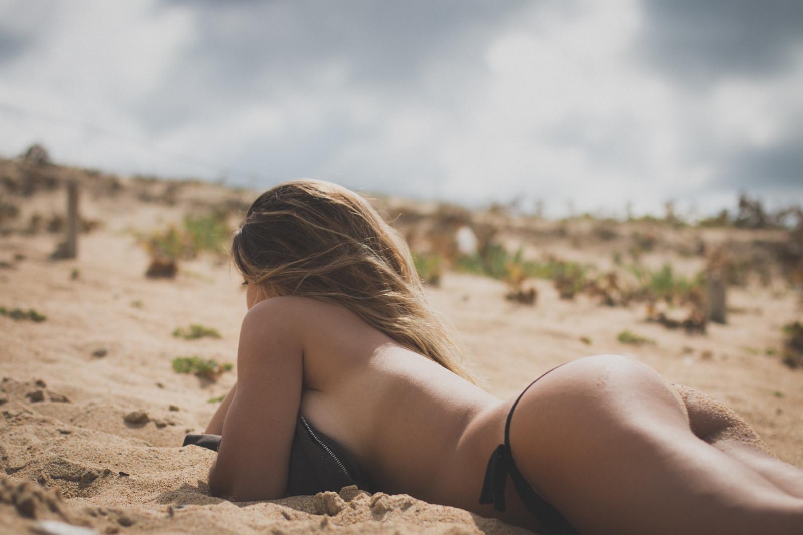 Фото женщин топлесс