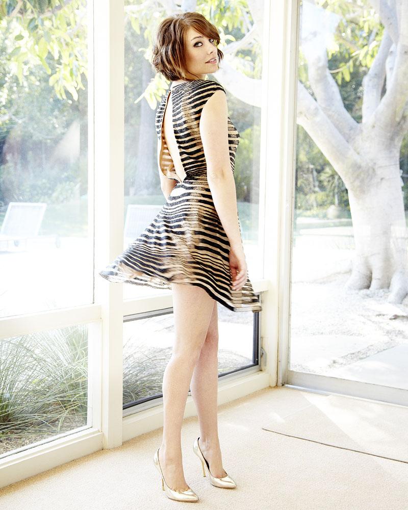 Lauren cohan legs