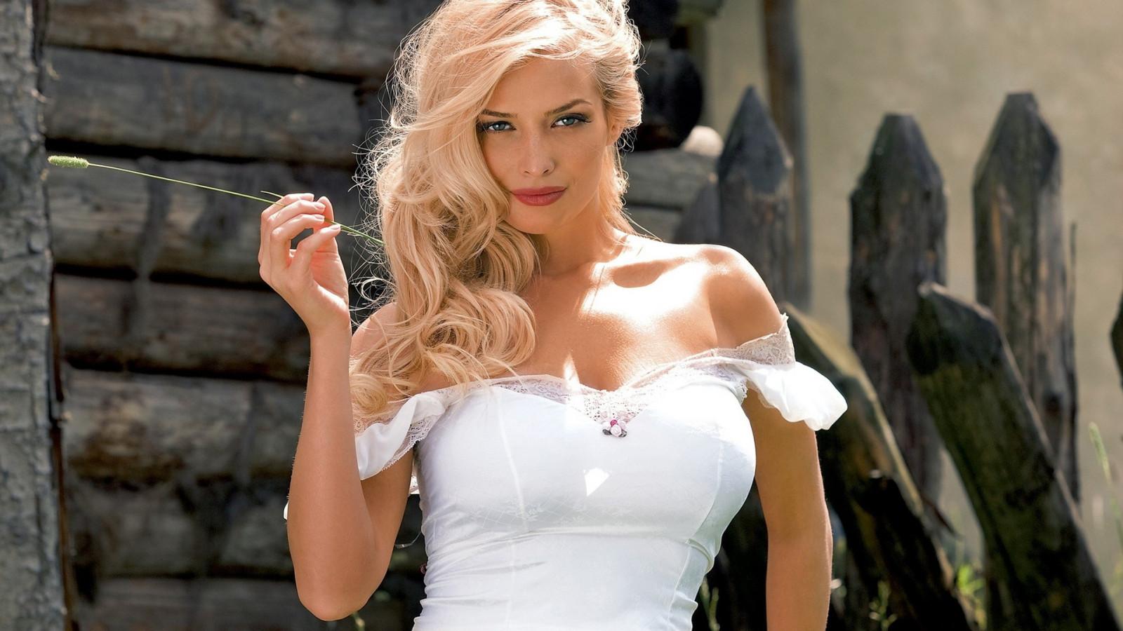 Hintergrundbilder : Frau, Modell-, Porträt, blond, lange Haare ...
