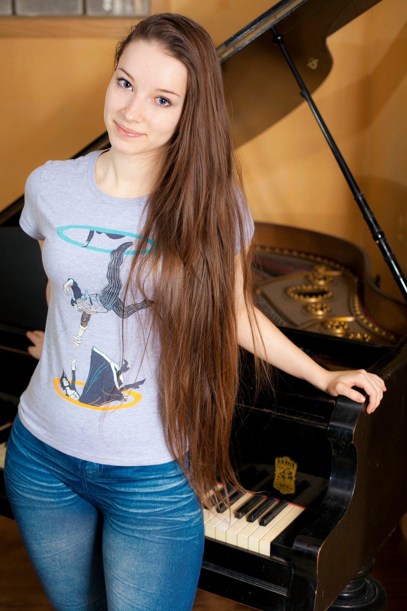 Wallpaper : Enji night, brunette, long hair, looking at viewer, T shirt, jeans, piano, women ...