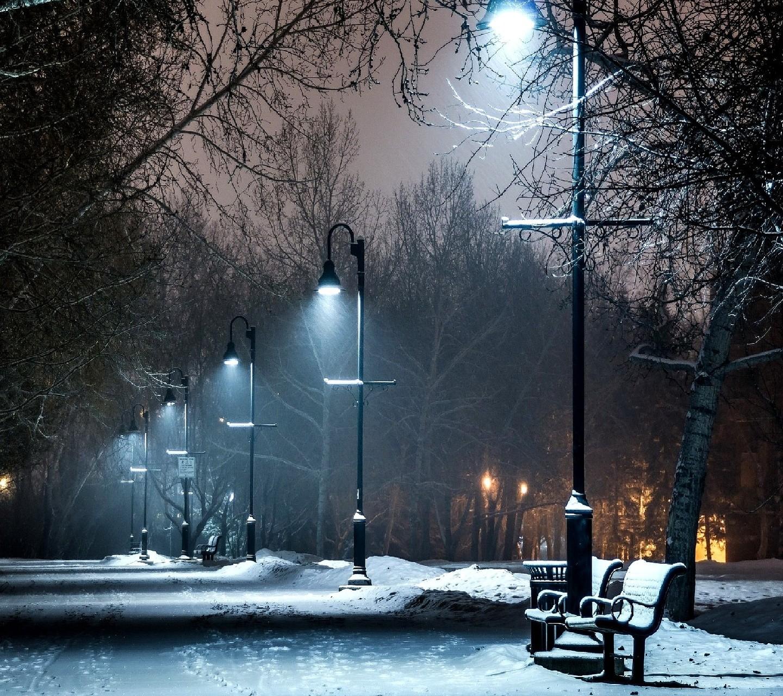 колонна картинка снегопад и фонарь всему