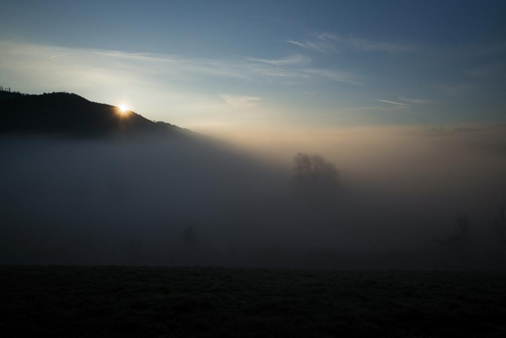 Fond d 39 cran lumi re du soleil paysage le coucher du soleil colline ciel hiver lever du - Meteo lever et coucher du soleil ...