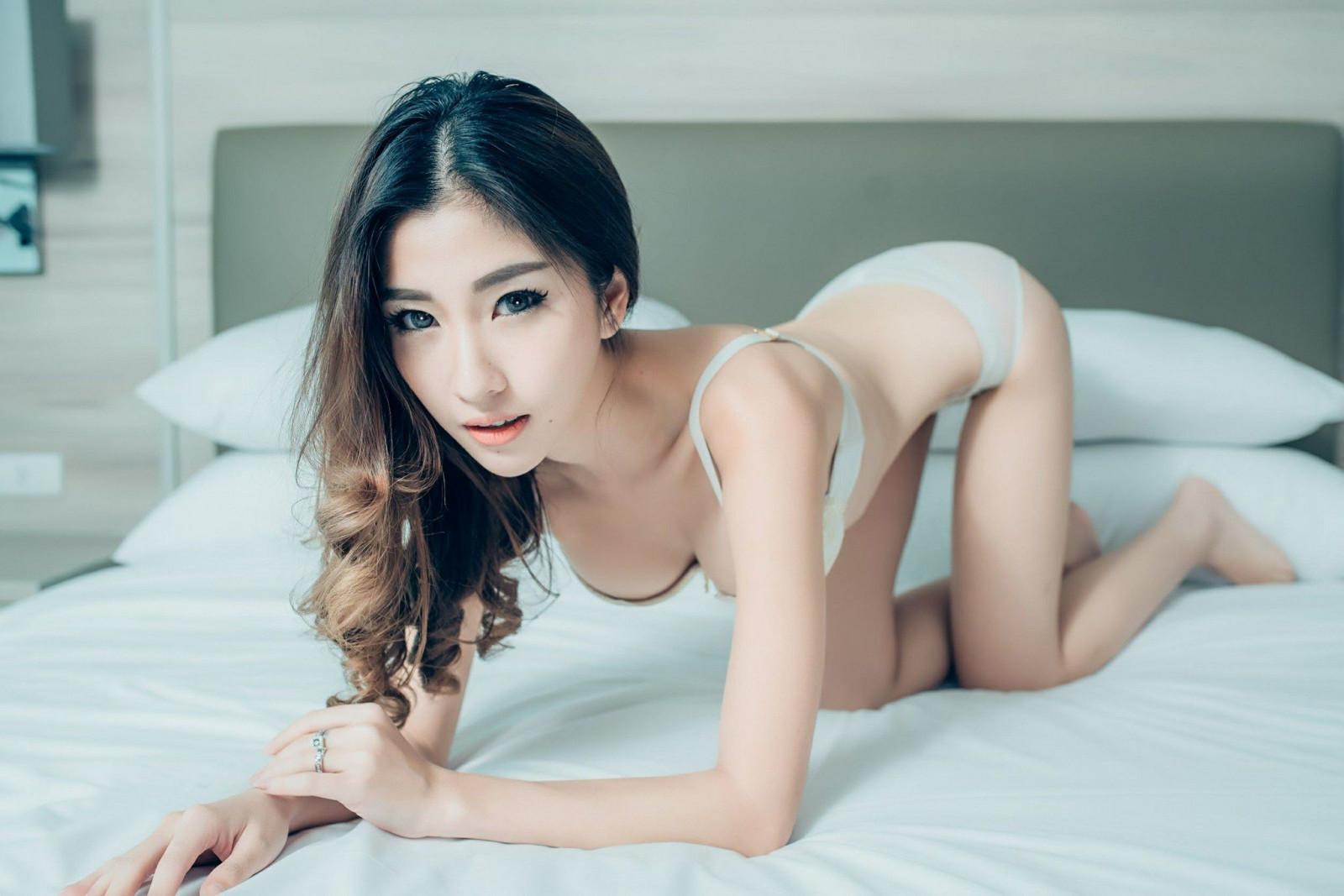 Stories asian model photo galleries panties