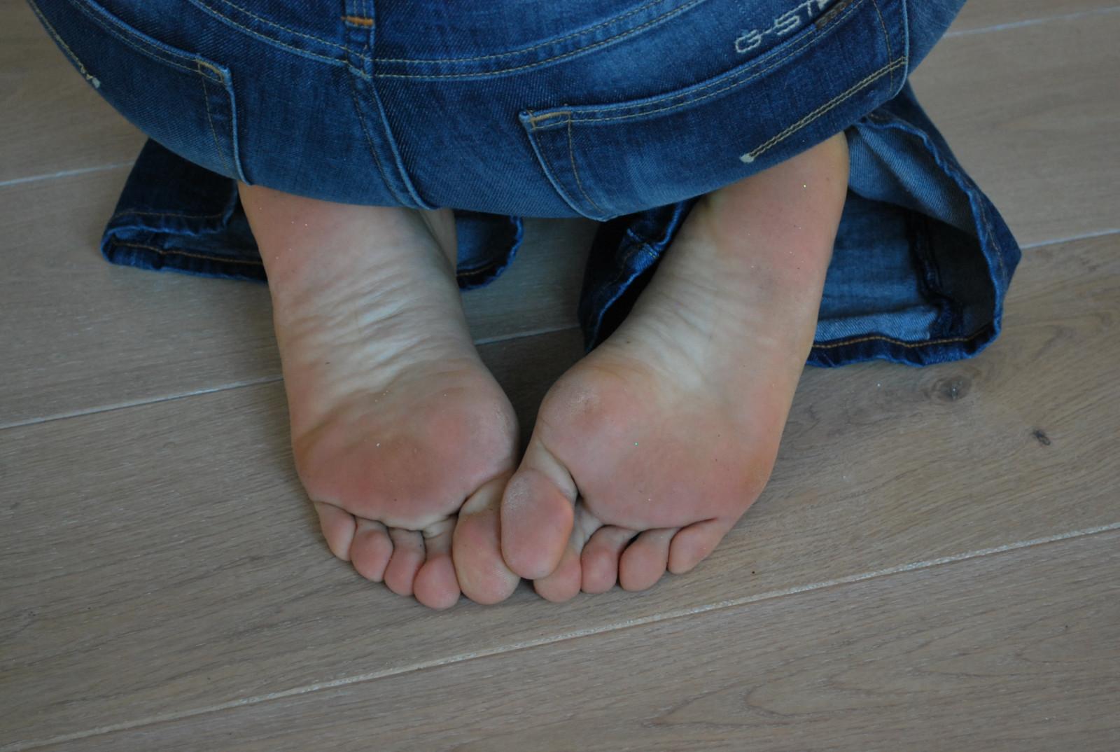 Hd Feet