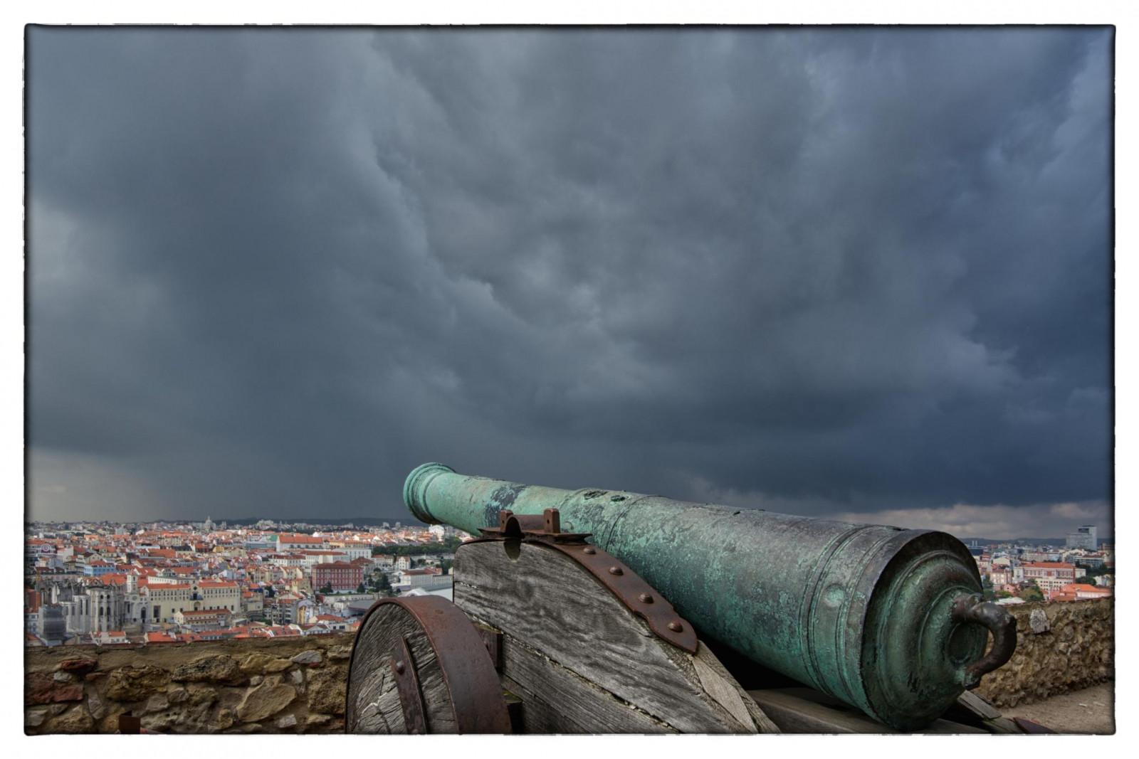 Fondos de pantalla : paisaje, ciudad, urbano, cielo, fumar, castillo ...