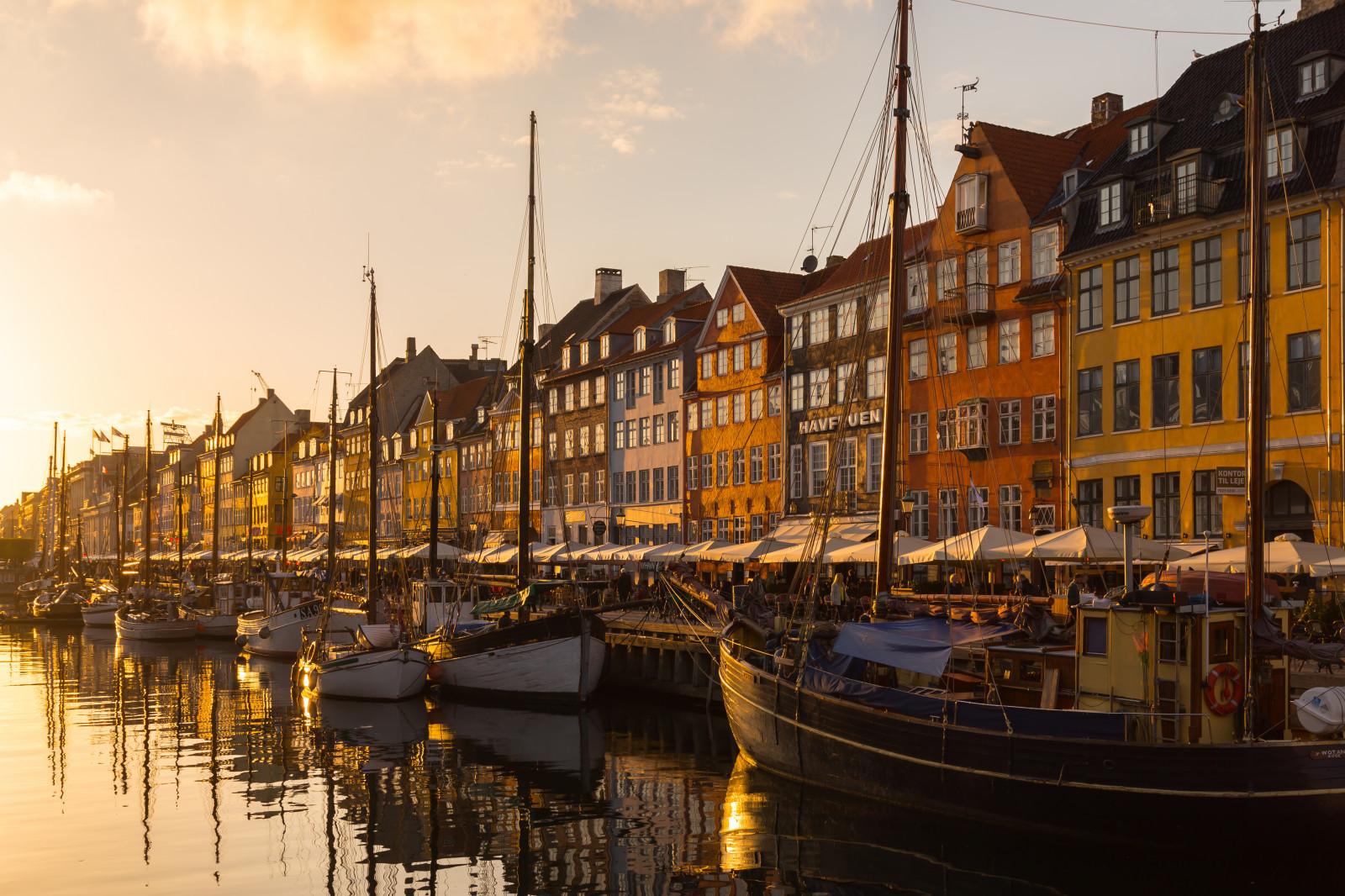 Wallpaper old houses sunset water canon copenhagen denmark boats evening nyhavn - Copenhagen wallpaper ...