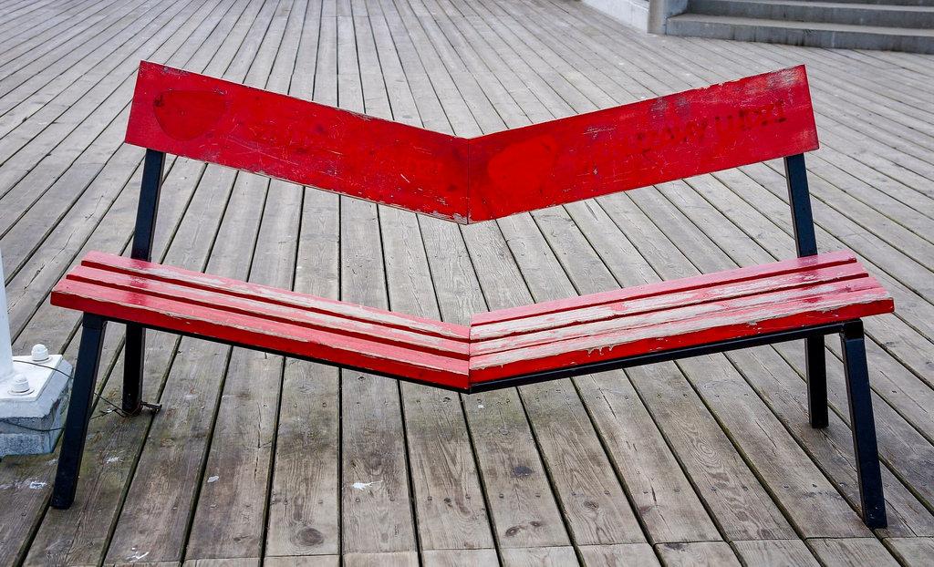 Fond Décran Rouge Table Bois Chaise Banc Sony Pologne