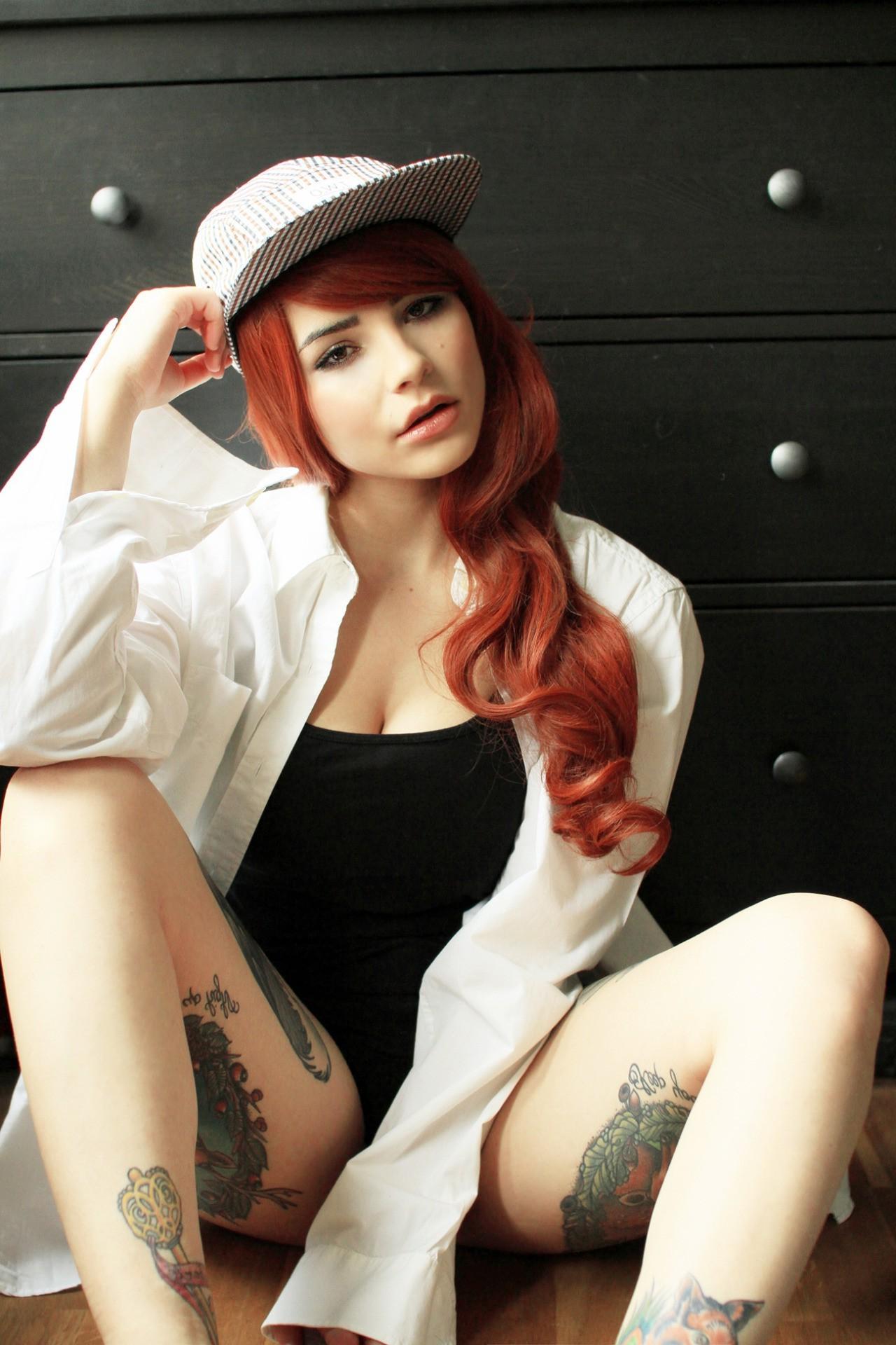 spread leg redhead