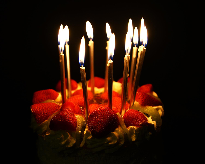 Wallpaper  candle, birthday cake, lighting, dessert, still life ...