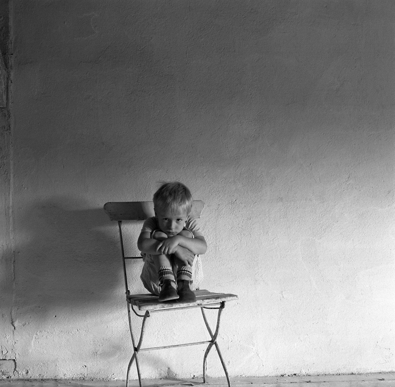 Wallpaper 1536x1504 Px Alone Boy Child Children