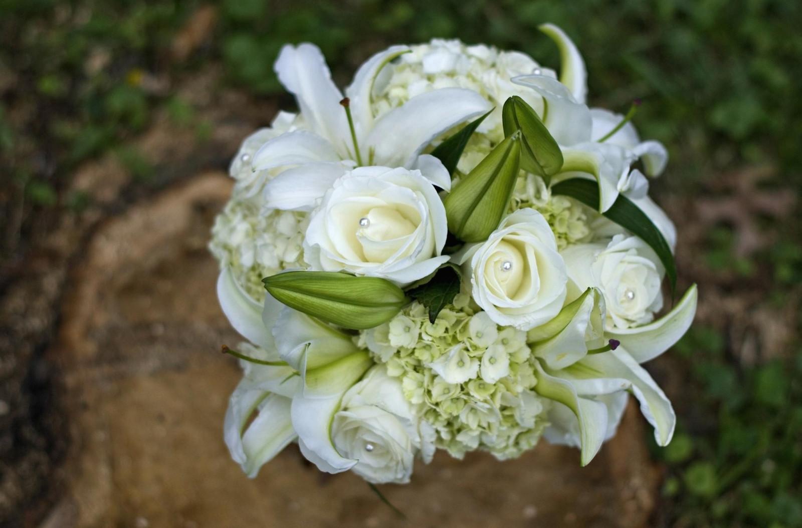 Розы лилии свадебный букеты, дом цветочной