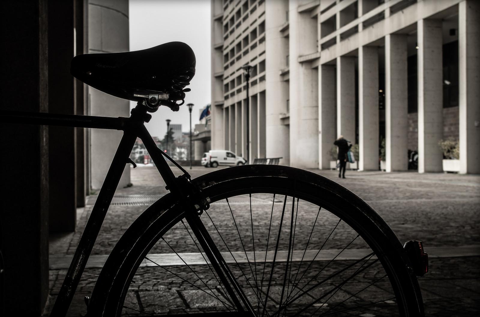 Hintergrundbilder : einfarbig, dunkel, Straße, die Architektur ...