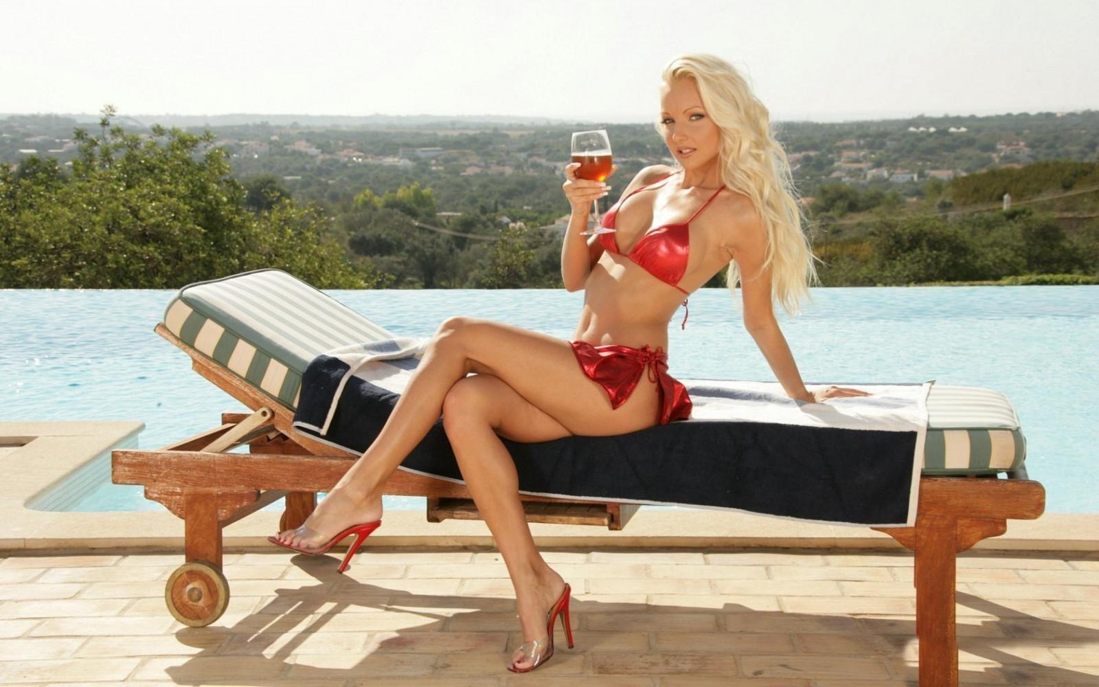 Блондинка с папиком порно фото бесплатно