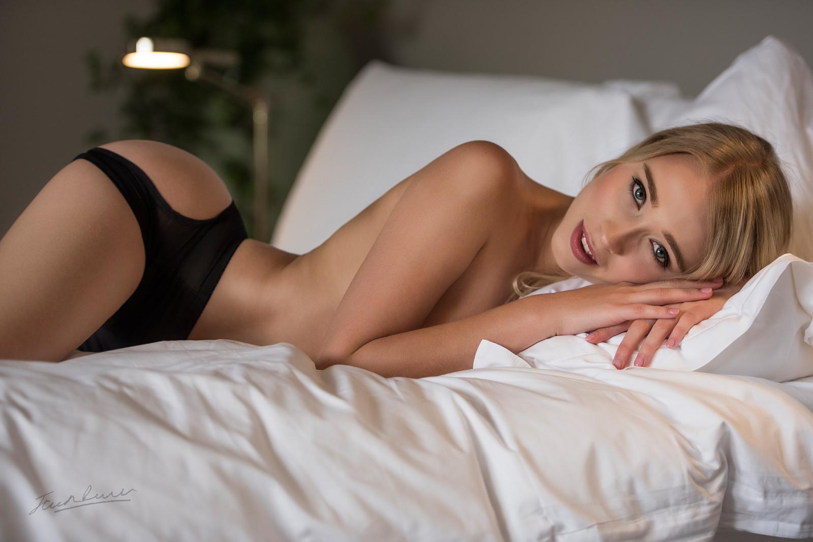 делать роскошная женщина в постели видео то, что