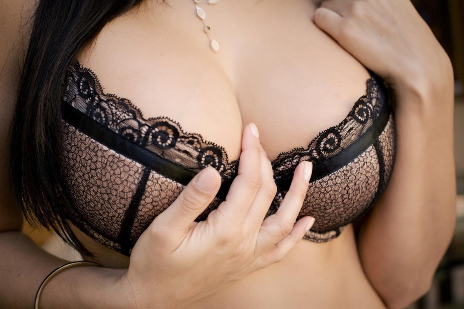 Порно эро фото лифчиках