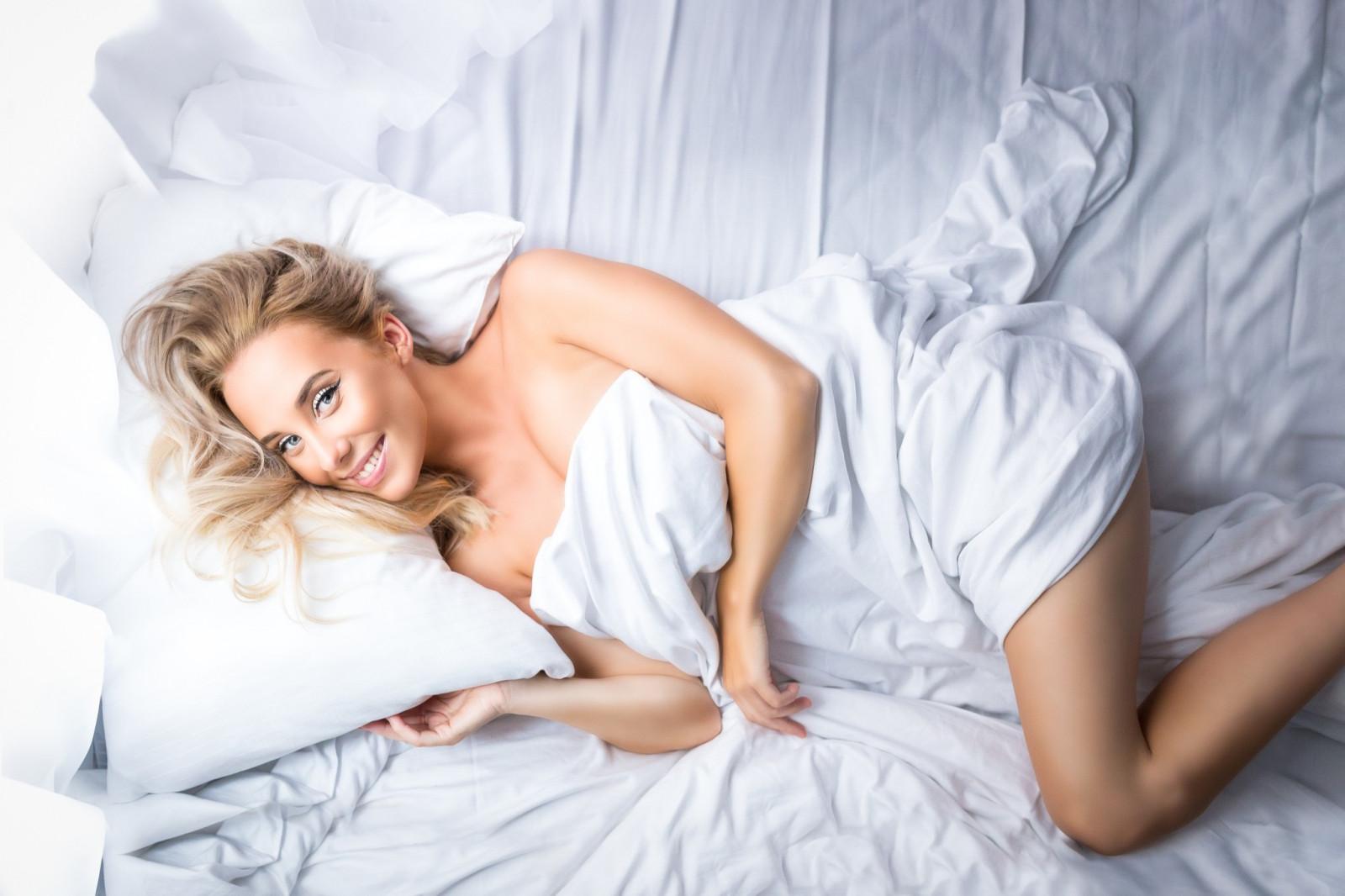 Фотки на постели — img 11