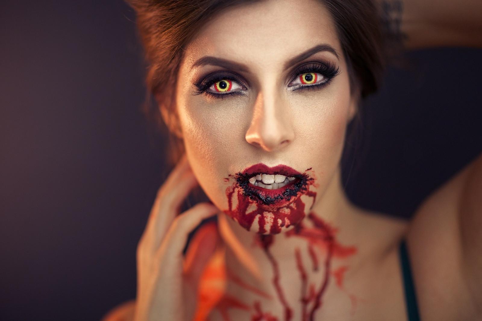vampire-girls-only-real-desi-hot-girl-boobs