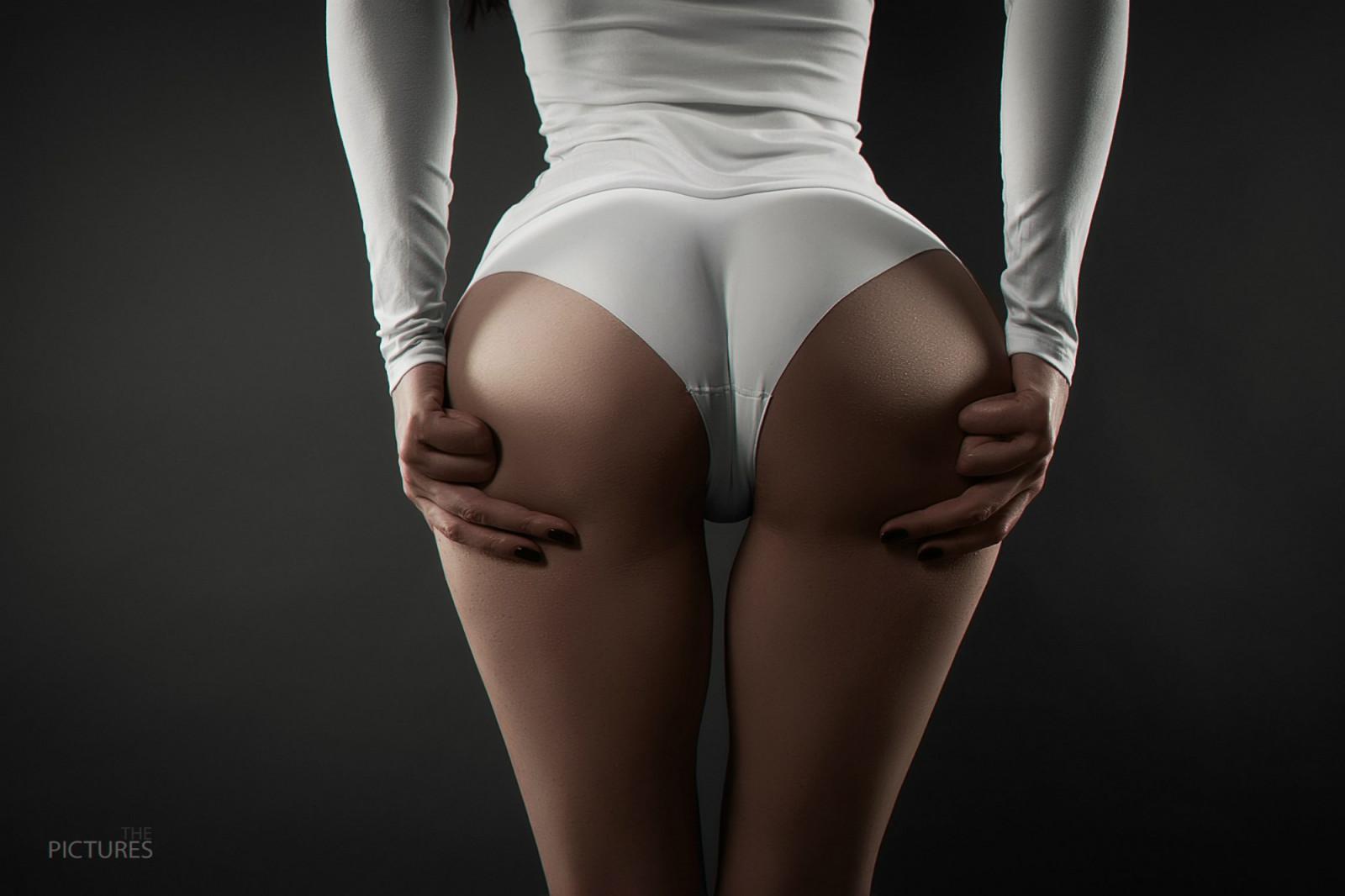 Фотогалерея женские попки, Красивые голые попки девушек и женщин. Фото 10 фотография