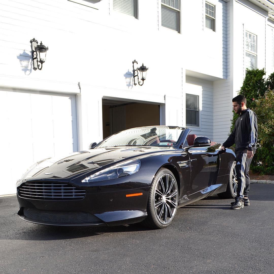 Wallpaper : House, Sports Car, Aston Martin DBS