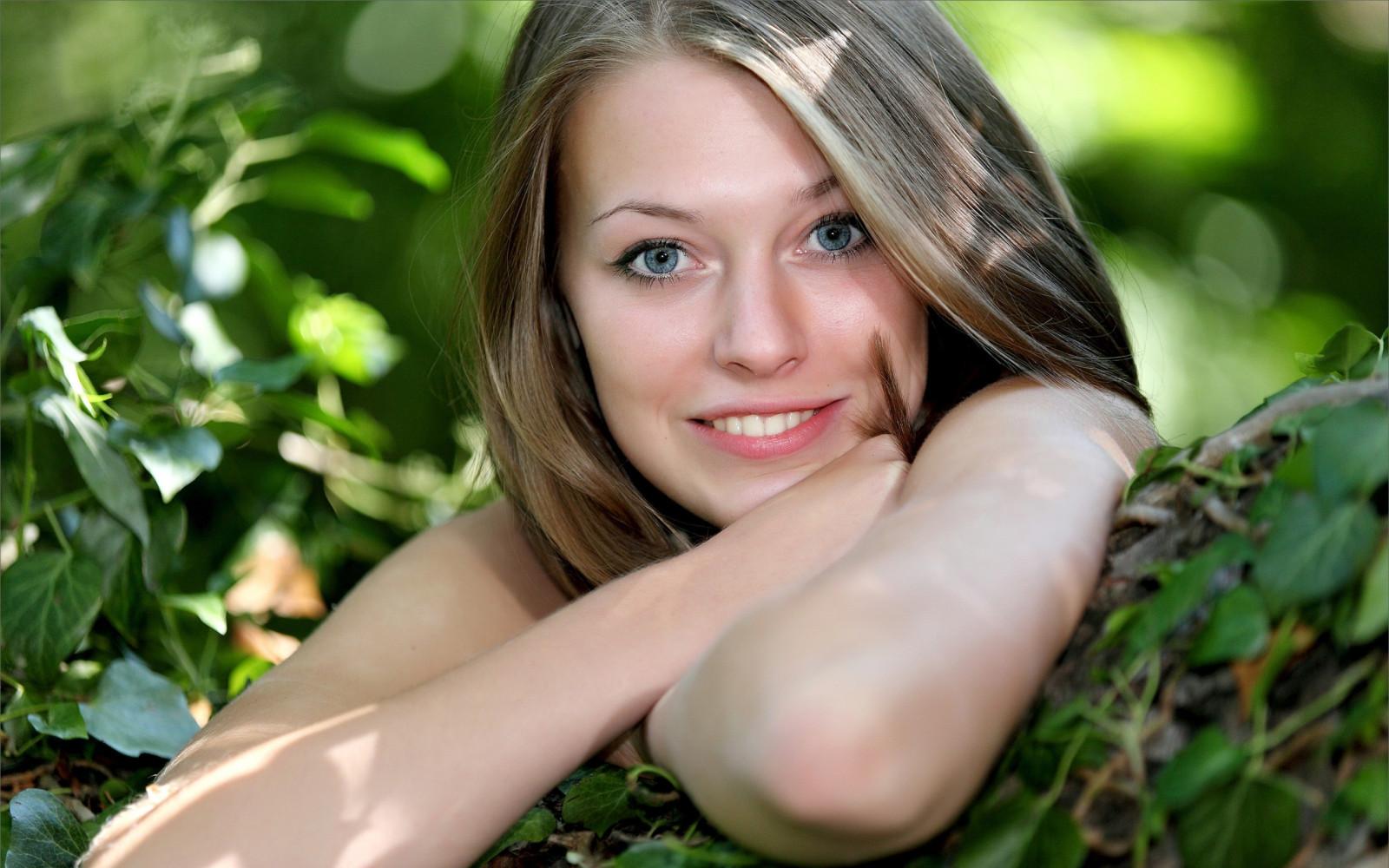 Wallpaper Face Model Blonde Long Hair Blue Eyes: Wallpaper : Face, Sunlight, Women, Model, Blonde, Long