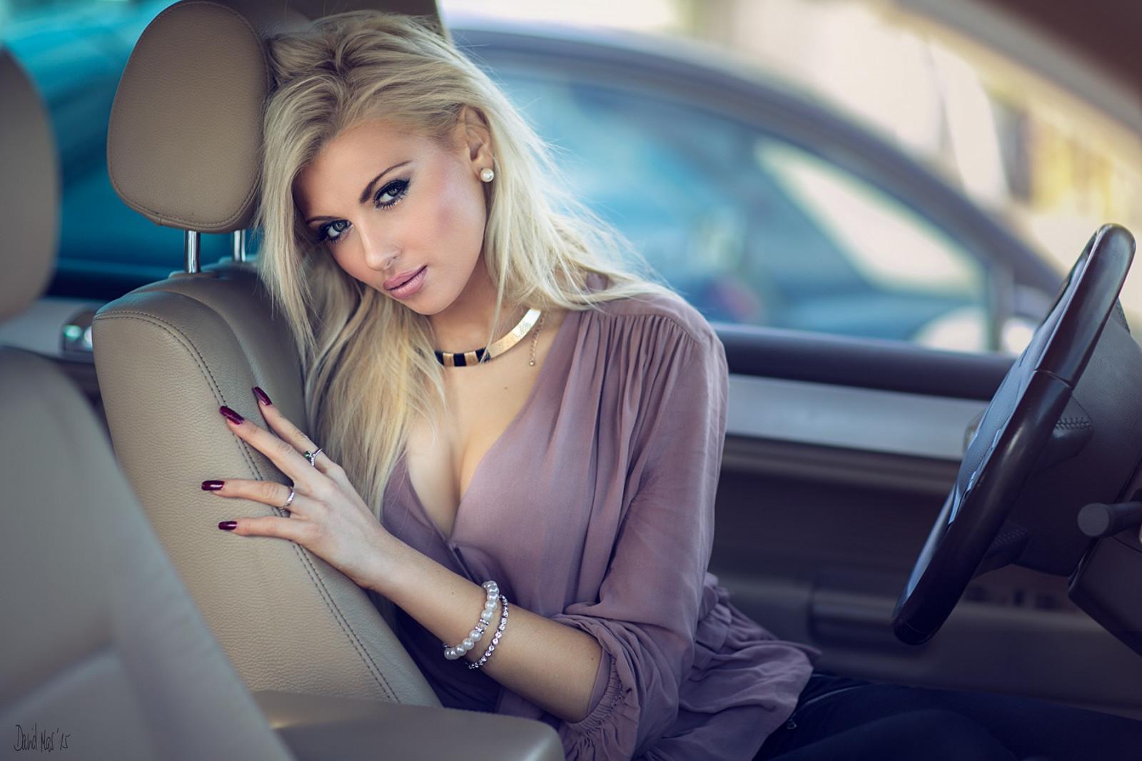 Роскошная блондинка видео — 6