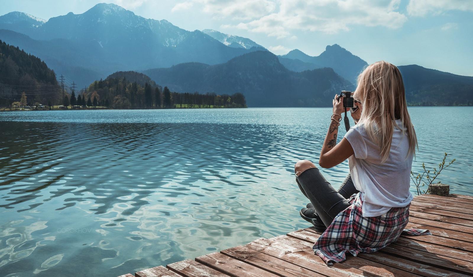 Wallpaper : sunlight, trees, mountains, women outdoors
