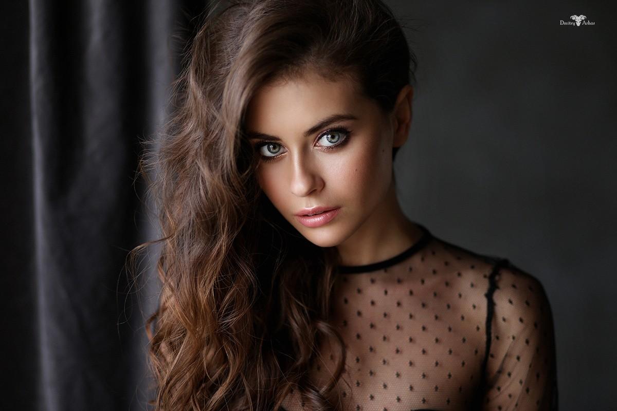 women, Wavy Hair, Face, Long Hair, Brunette, Model